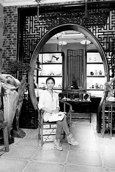 劳丽诗在广州的文玩实体店已经于今年5月正式开业