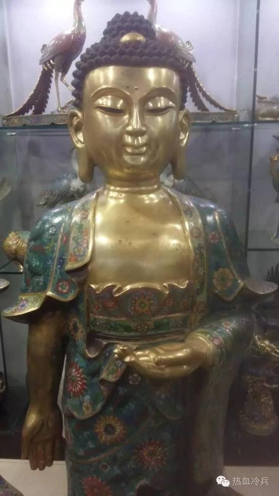 浙江美术馆展出的雷人佛造像