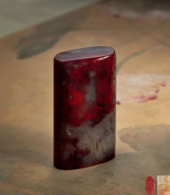 """齐白石刻""""直心道场""""昌化鸡血石  成交价:178.25万元"""