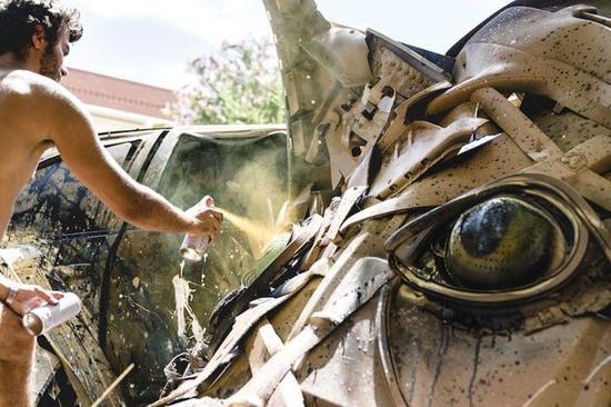 街头艺术家 BordaloII ,藉由作品提倡环保意识