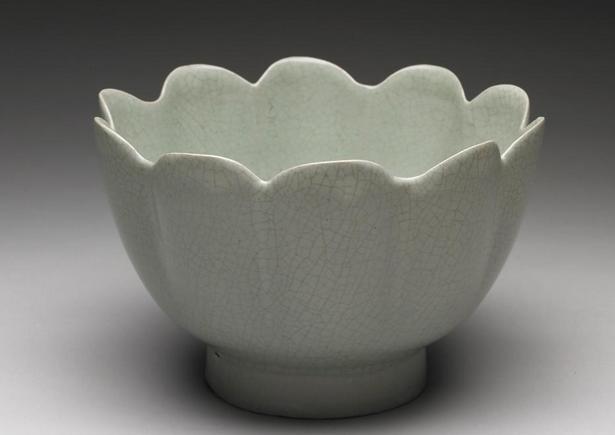 青瓷美学——不同朝代的青瓷审美有哪些区别?