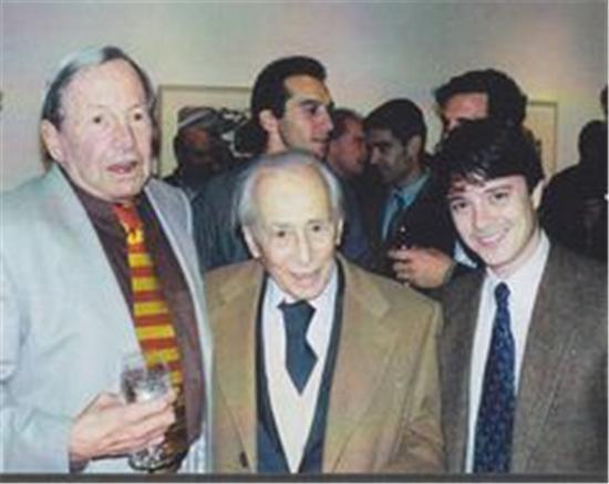 73岁的劳森伯格(左一)和81岁的里奥·卡斯特里(左二),1998年。图片来源于网络
