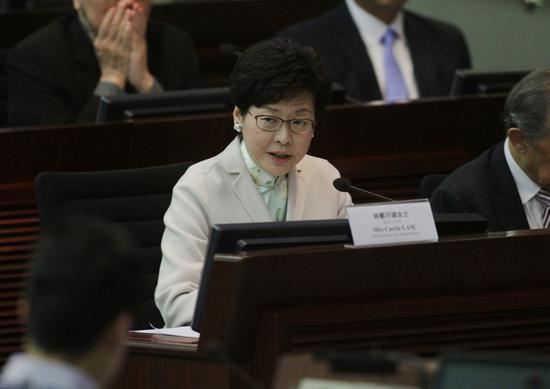 林郑月娥6日在立法会作解释(图片来源:大公网)