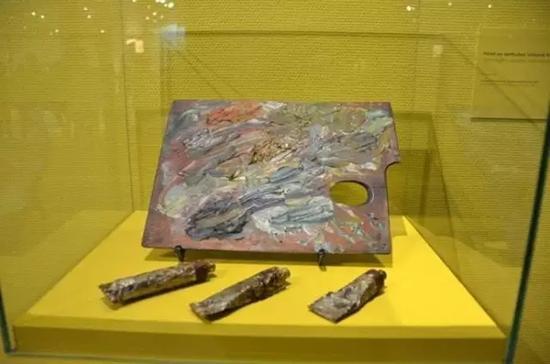 梵高生前使用的画具