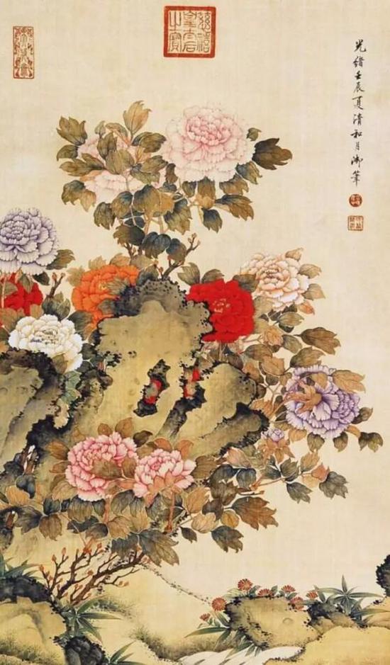在慈禧六十寿庆时,她命缪嘉惠着凤冠霞帔,穿行于王公眷属之间,可见她在慈禧心中的地位。