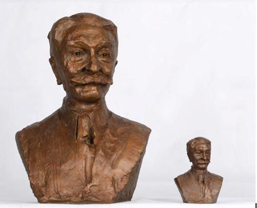 吴为山等比例雕塑与缩小版雕塑作品