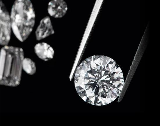 如何判断钻石的价值