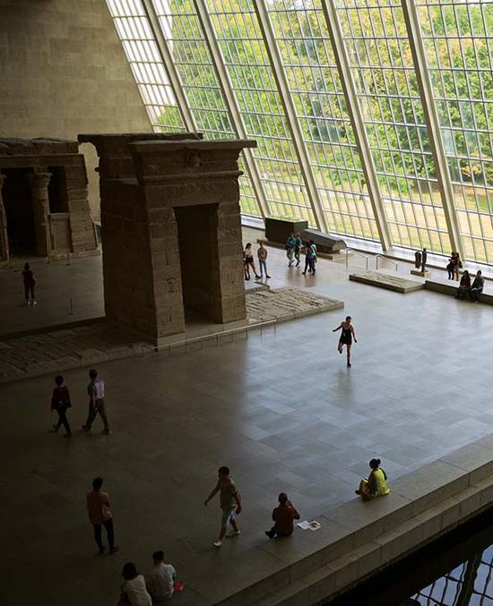 大都会艺术博物馆拥有几乎世界上最好的参观环境。