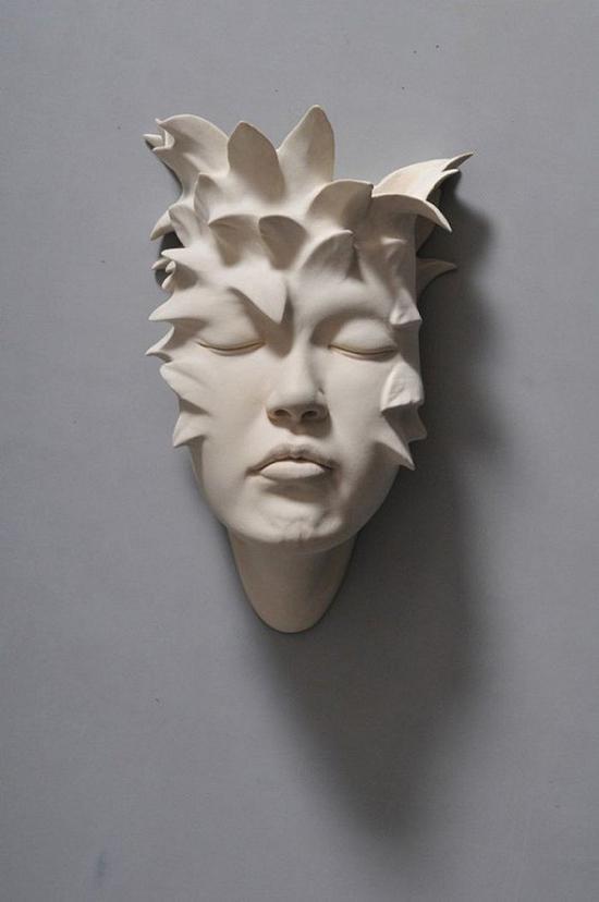 超现实陶瓷雕塑:人脸作品太传神了
