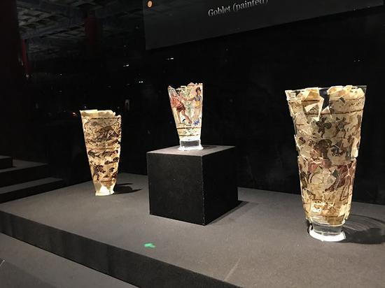 贝格拉姆彩绘高脚杯(公元1世纪)