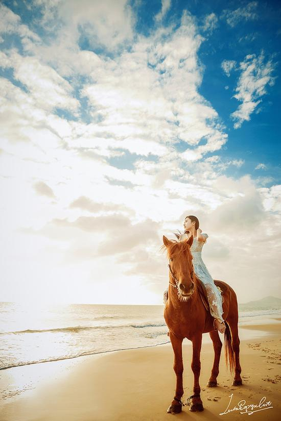《以梦为马,不负韶华》