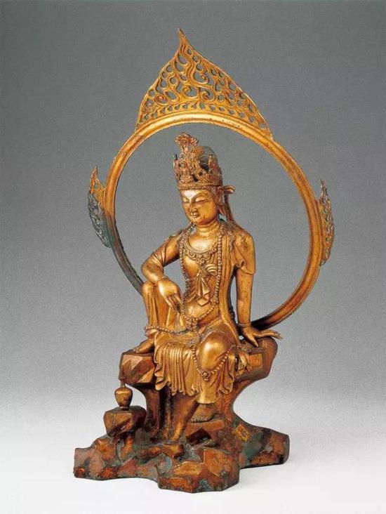 五代鎏金铜水月观音造像
