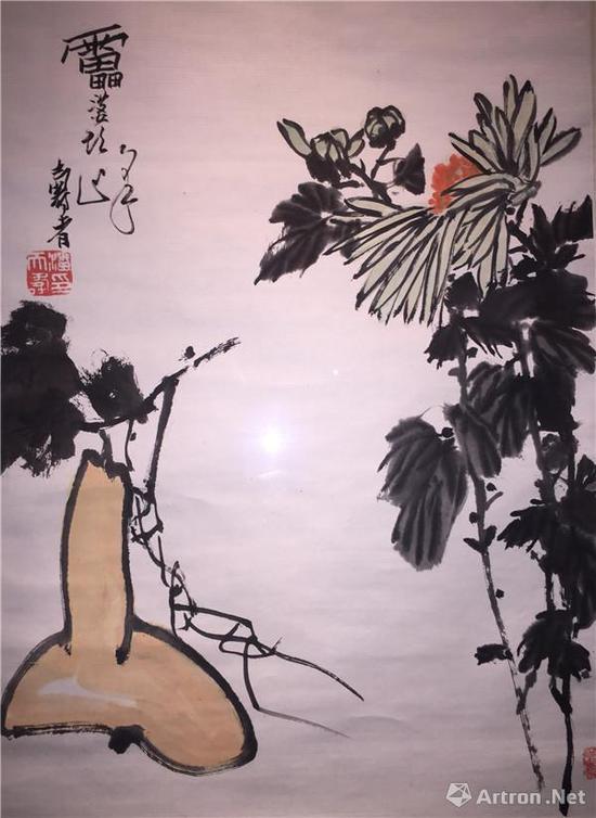 图2、潘天寿《葫芦菊花图》,纸本设色,69x47厘米,潘天寿纪念馆藏