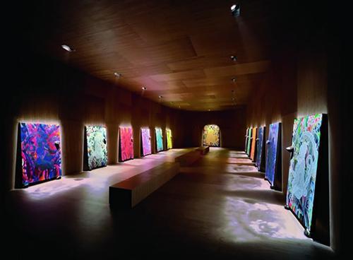 英国艺术家克里斯。欧菲利《晚餐楼》(The Upper Room),图片取自泰德网站(TATE BRITAIN)。