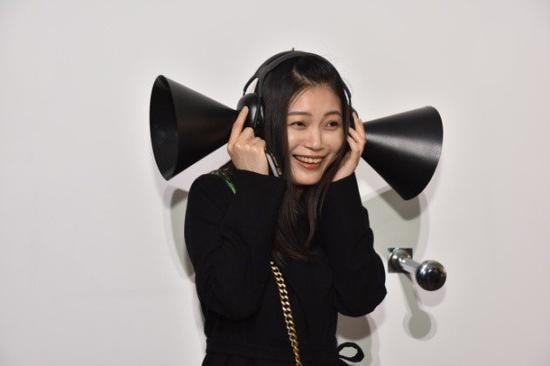 """""""透明的声音""""展览现场。图片:致谢上海民生现代美术馆"""