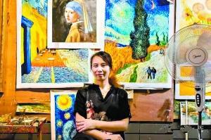 赵小勇的妻子钟早春也是一名画工