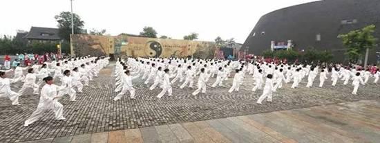 """中国首个""""文化和自然遗产日"""" 全国非遗主题活动"""