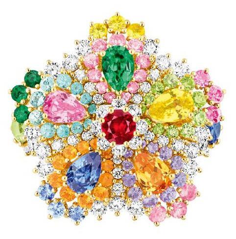 粉红色蓝宝石