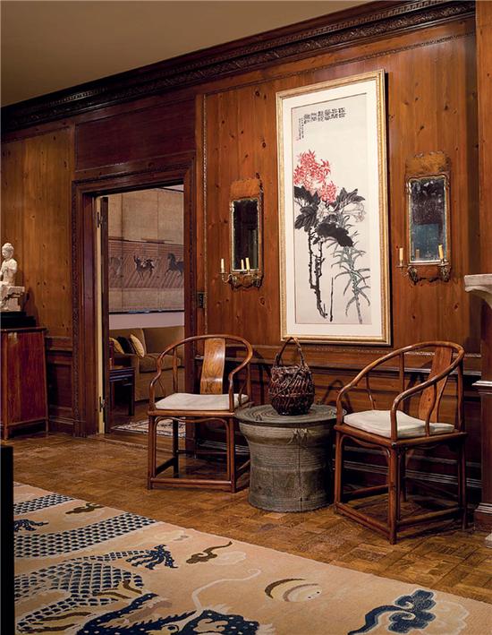 而安思远的公寓不仅是他展现个人品味的私人空间,更是纽约最重要的中国艺术品交易场所和收藏中心。