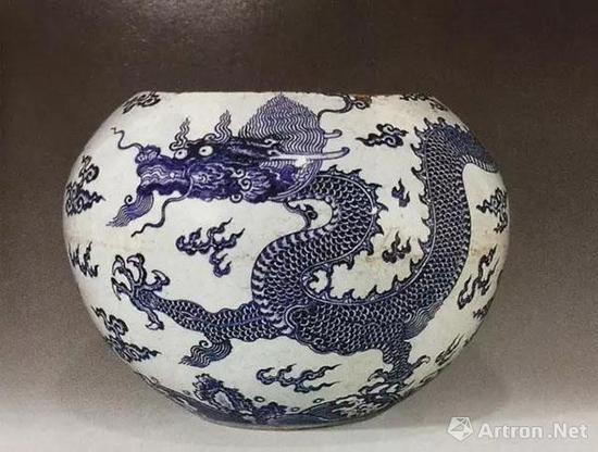 清雍正青花龙纹天球瓶(残)
