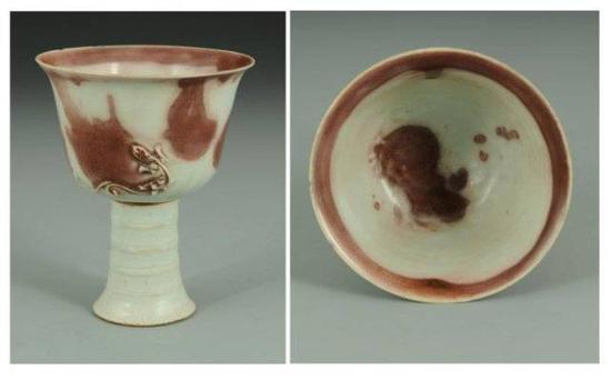 元 釉里红彩斑堆塑螭纹高足转杯 高安市博物馆馆藏