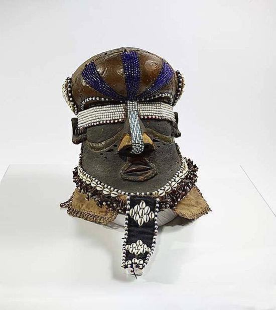 马蒂斯的收藏,来自刚果民主共和国库巴王国的面具,19世纪末20世纪初(图源:英国皇家艺术研究院)