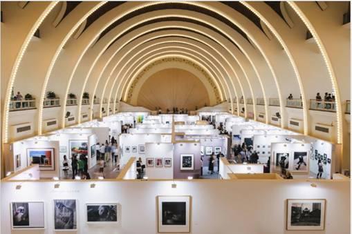 往届影像上海艺术博览会现场,图片:James Ambrose