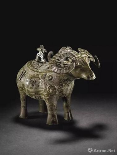 商晚期 青铜羊觥 成交价:27,127,500美元