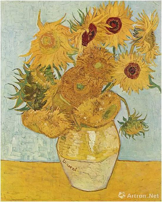 花瓶里的十二朵向日葵