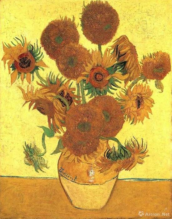花瓶里的十四条向日葵