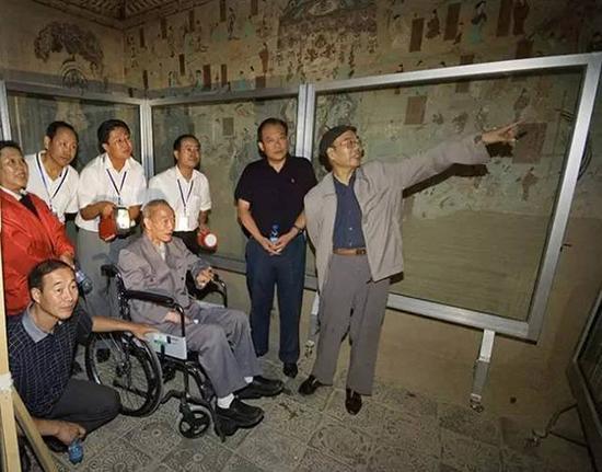 重访敦煌石窟(2006年)