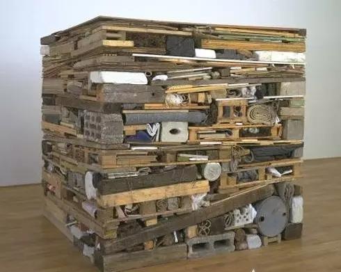 1975年作品 堆叠