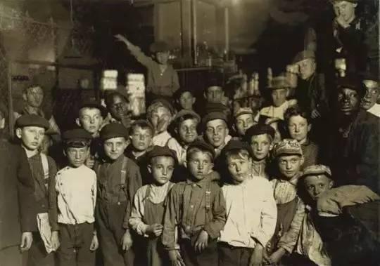 《童工》,刘易斯·海因,1908年