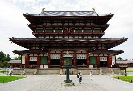 日本奈良药师寺的唐代风格建筑