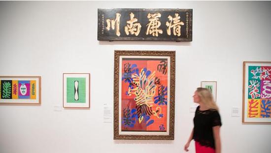 展览中的中国匾额