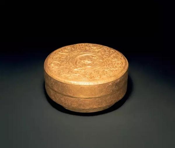 金龙纹盖盒