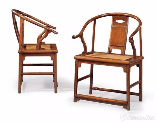 明17世纪 黄花梨圈椅 成交价:9,685,000美元