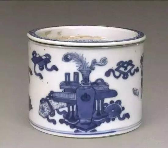 清康熙青花博古纹蟋蟀罐(故宫博物院藏)