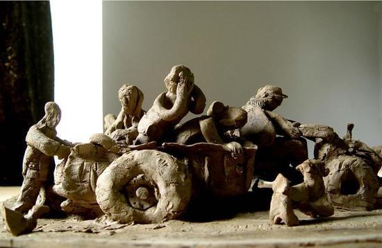 《关中纪事(片段)》 戴耘    黏土动画 , 3'25'' , 2007