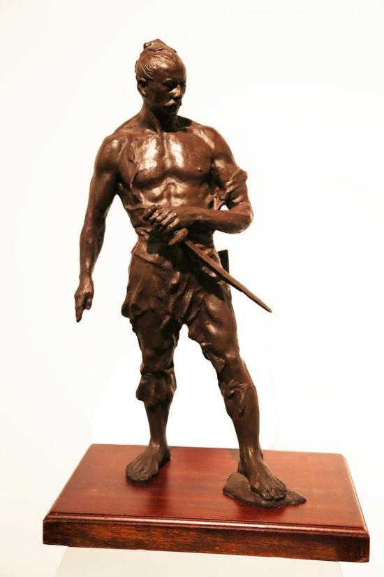 《义 系列之二》 林国耀    青铜 , 50cm×35cm×75cm, 2015