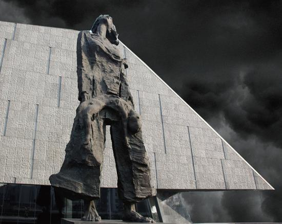 吴为山 侵华日军南京大屠杀遇难同胞纪念馆扩建工程大型组雕(家破人亡)