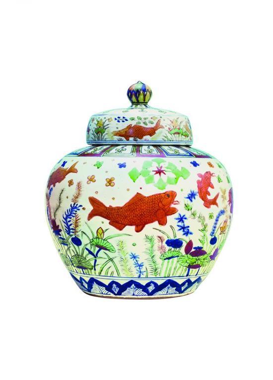五彩鱼藻纹盖罐 曹兴诚