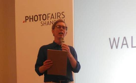 克里斯托弗·菲利普斯在影像上海艺术博览会