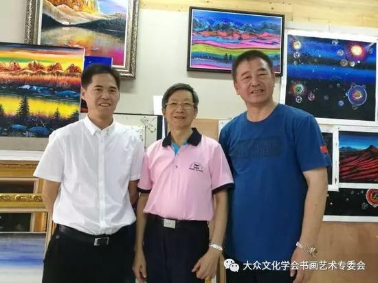 黄建南老师、杜振高老师、江总合影