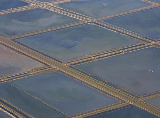 西班牙安达卢西亚的盐田