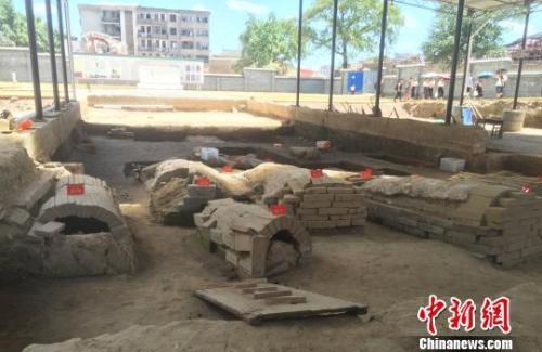 江西抚州汤显祖家族墓园。中新社记者 吴鹏泉 摄
