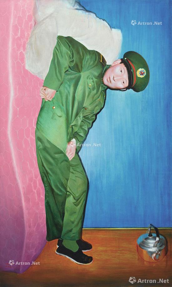 将于2017年香港蘇富比秋拍现当代艺术夜场上拍的王兴伟1998年作品《新兵》,估价250-350万港元