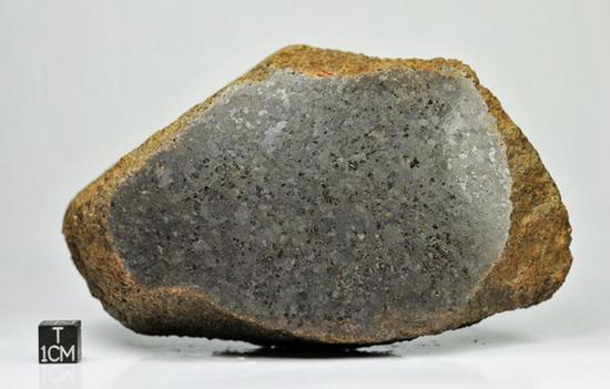 无球粒陨石