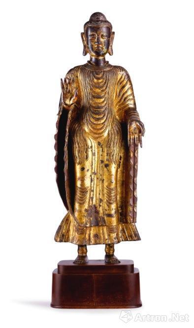 宋至元 鎏金铜弥勒佛立像 高 116.8 公分 估价:2000-3000万港币