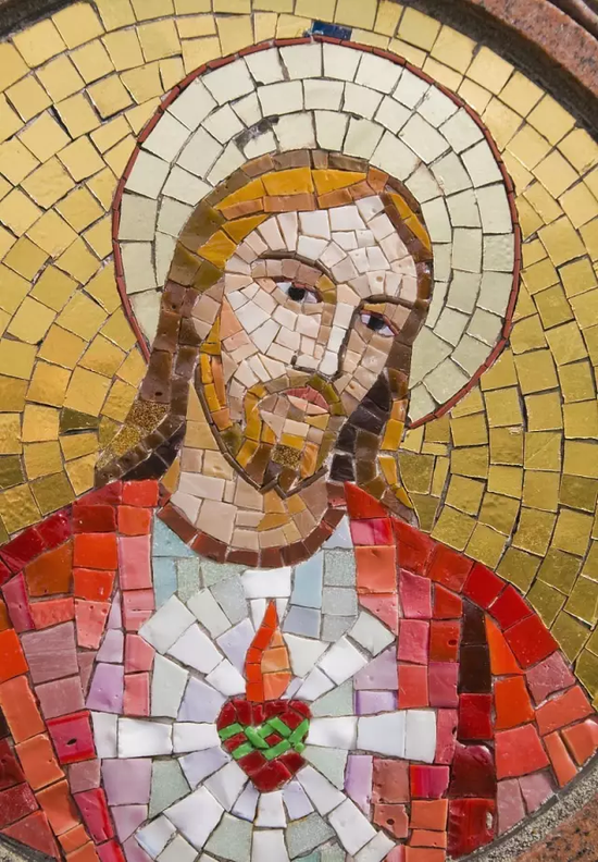这个时期的马赛克作品大多都和宗教有着密切联系。